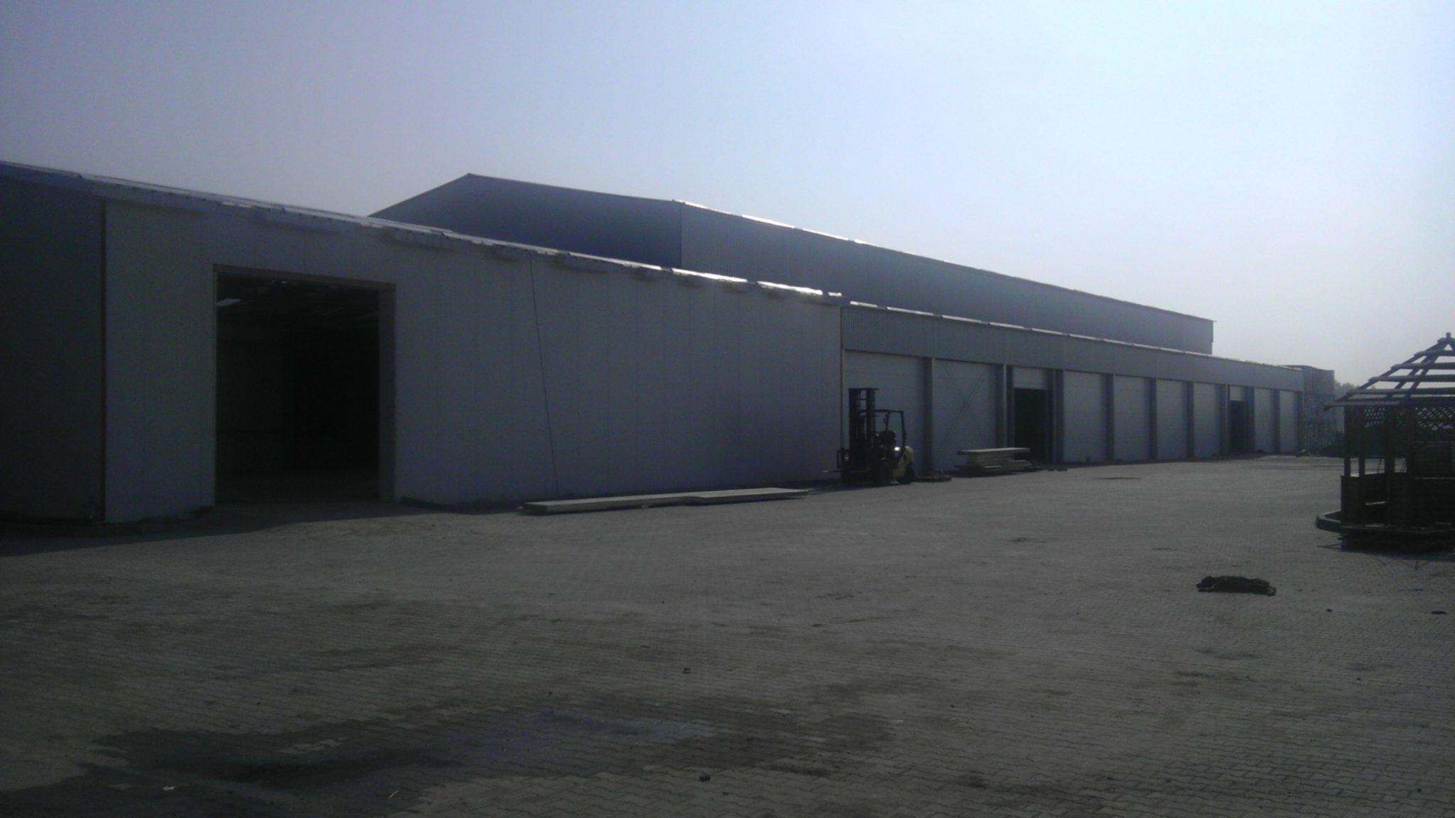 Овощехранилище (комплекс): хранилище - 18х60х8 м, сортировка 18х18х4,5 м, коридор 6х66х4,5 м